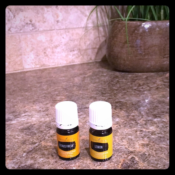 🍊2 NEW unopened Young Living Essential Oils🍋
